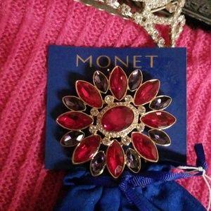 Monat Jeweled Pin